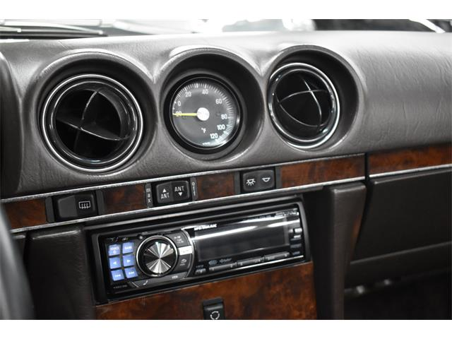 1986 Mercedes-Benz 560SL (CC-1435822) for sale in Huntington Station, New York