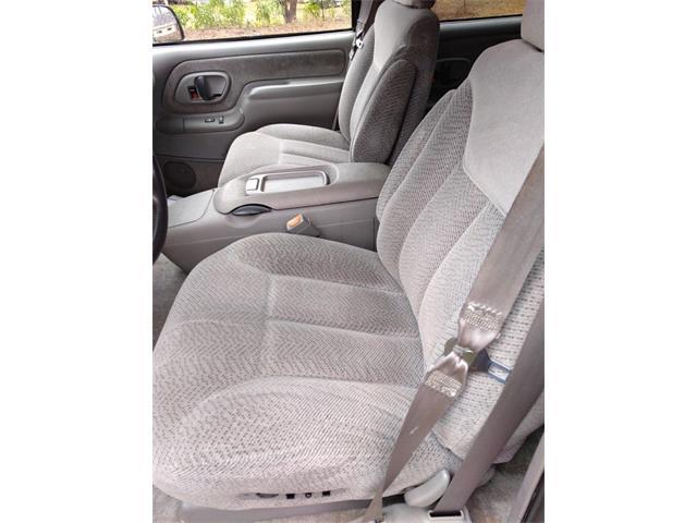 1999 Chevrolet Suburban (CC-1436183) for sale in Greensboro, North Carolina