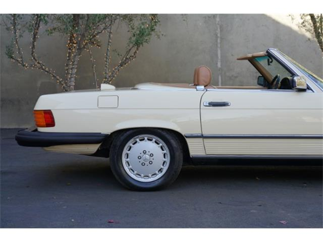 1986 Mercedes-Benz 560SL (CC-1436397) for sale in Beverly Hills, California