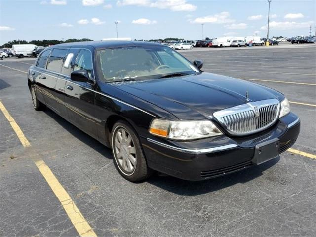 2003 Lincoln Town Car (CC-1436514) for sale in Cadillac, Michigan