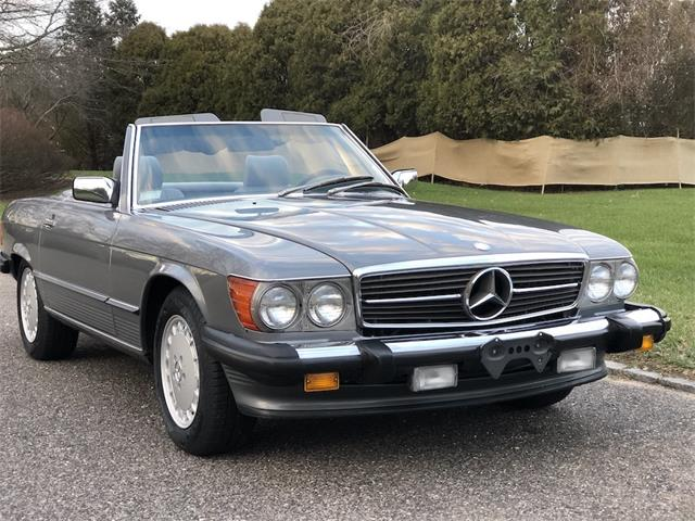 1989 Mercedes-Benz 560SL (CC-1437863) for sale in SOUTHAMPTON, New York