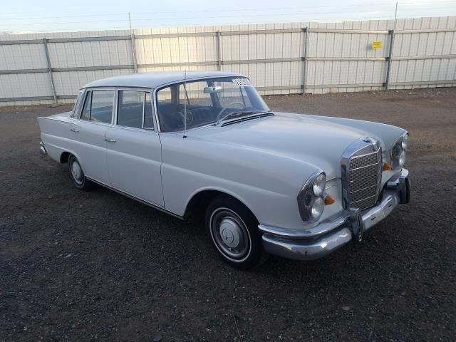 1967 Mercedes-Benz 230S (CC-1438957) for sale in Glendale, California