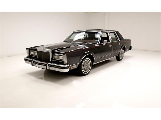 1981 Lincoln Town Car (CC-1440117) for sale in Morgantown, Pennsylvania