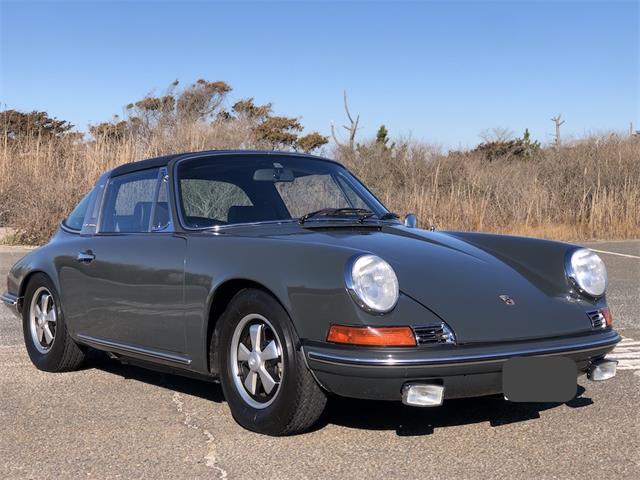 1969 Porsche 911T (CC-1441200) for sale in southampton, New York