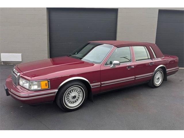 1993 Lincoln Town Car (CC-1441295) for sale in Greensboro, North Carolina