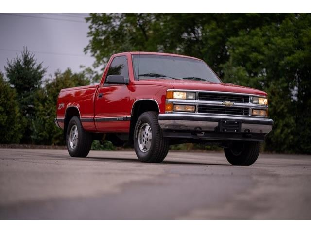 1995 Chevrolet C/K 1500 (CC-1443869) for sale in Milford, Michigan