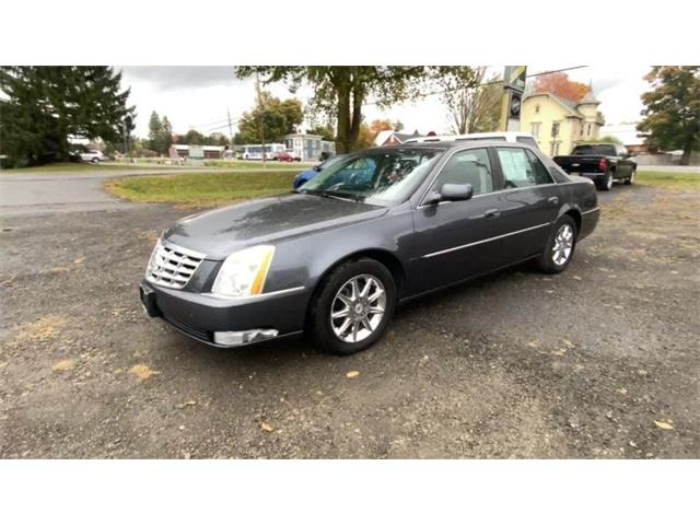 2010 Cadillac DTS (CC-1445786) for sale in Hilton, New York