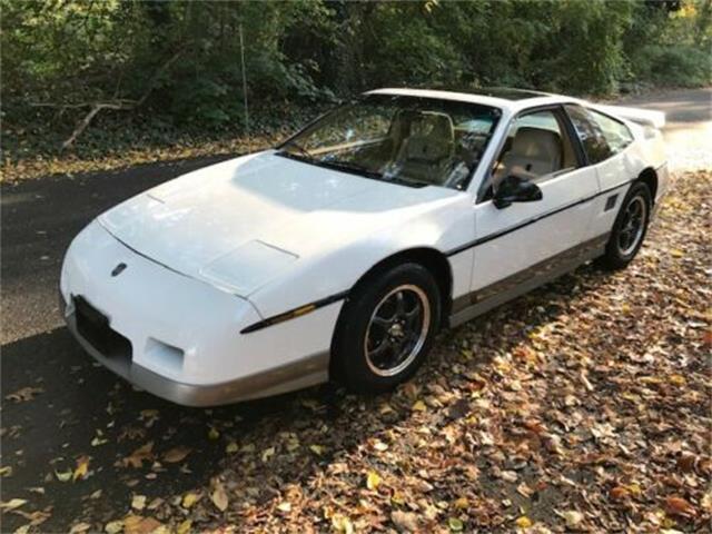1986 Pontiac Fiero (CC-1447571) for sale in Cadillac, Michigan