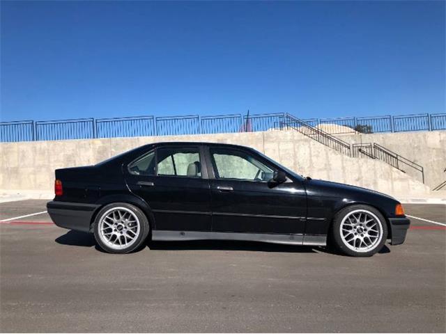 1992 BMW 325i (CC-1447605) for sale in Cadillac, Michigan