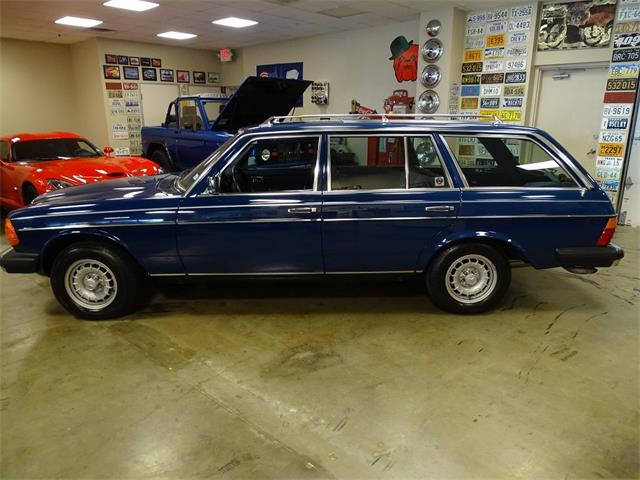 1985 Mercedes-Benz 300TD (CC-1453942) for sale in Lewisville, TEXAS (TX)