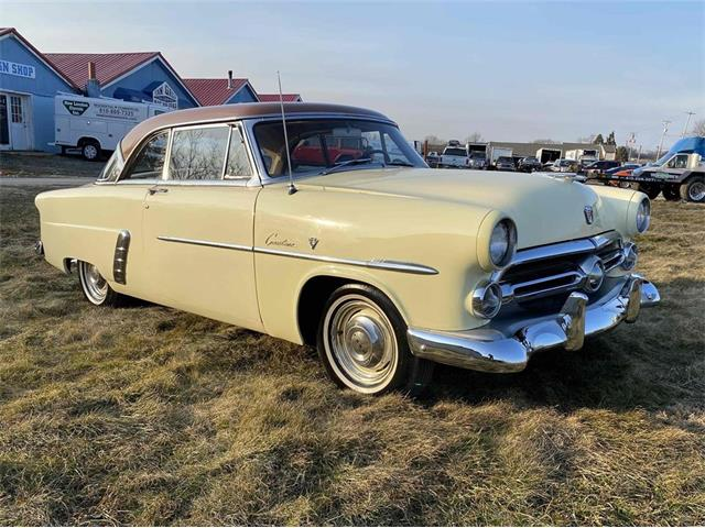 1952 Ford Crestline Victoria (CC-1454699) for sale in Avondale, Pennsylvania