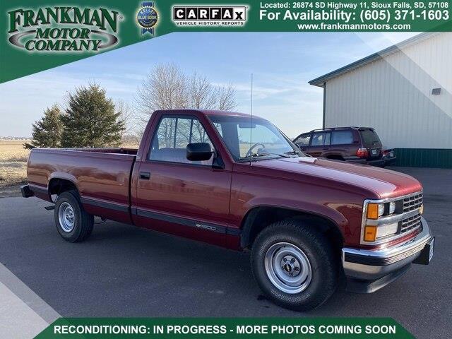 1989 Chevrolet 1/2-Ton Pickup (CC-1455018) for sale in Sioux Falls, South Dakota