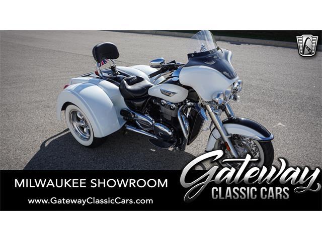 2016 Triumph Motorcycle (CC-1450055) for sale in O'Fallon, Illinois