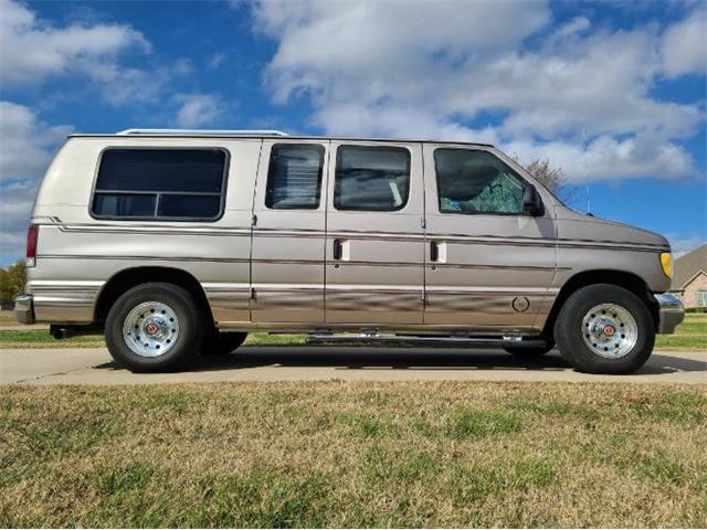 1995 Ford Econoline (CC-1456916) for sale in Cadillac, Michigan