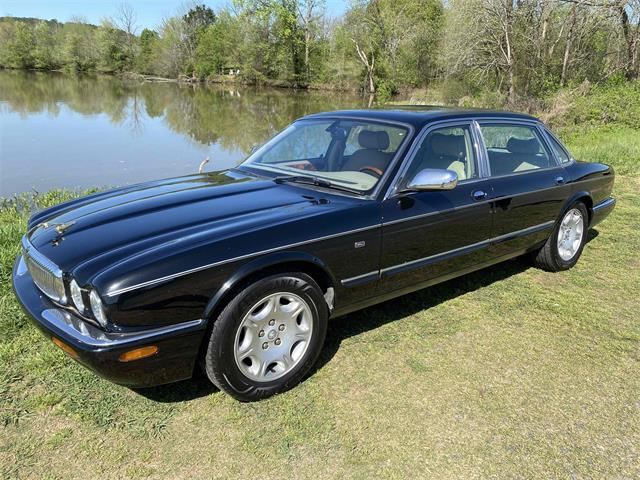 2002 Jaguar XJ8 (CC-1459039) for sale in Norwood, North Carolina