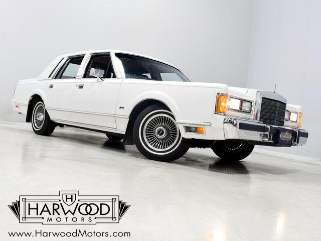 1989 Lincoln Town Car (CC-1461611) for sale in Macedonia, Ohio