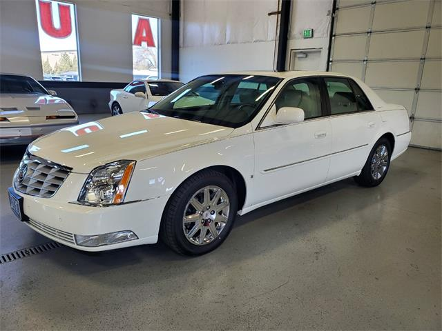 2009 Cadillac DTS (CC-1462513) for sale in Bend, Oregon