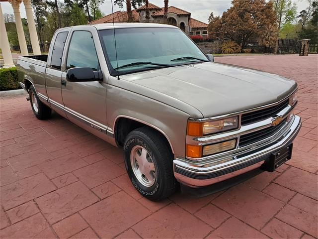1998 Chevrolet C/K 1500 (CC-1462534) for sale in Conroe, Texas