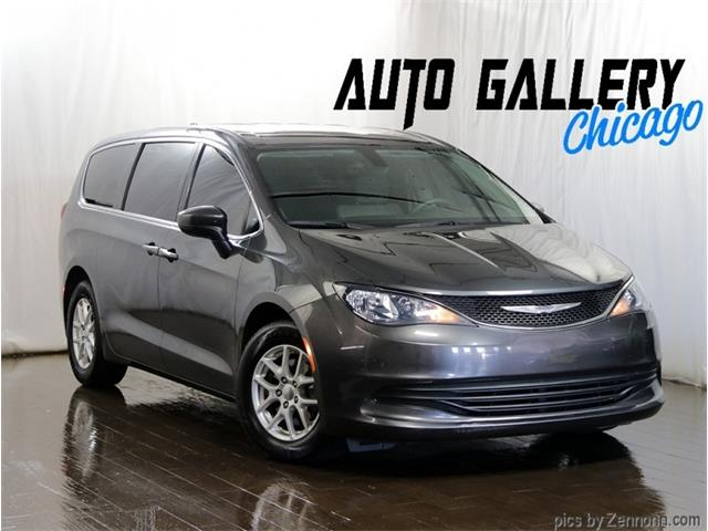 2017 Chrysler Pacifica (CC-1462569) for sale in Addison, Illinois