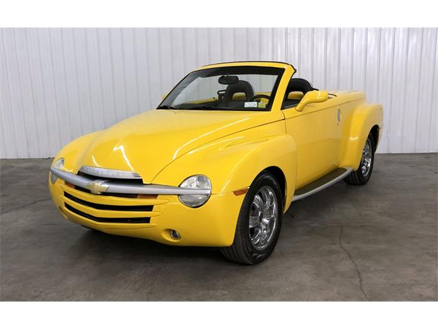 2004 Chevrolet SSR (CC-1460269) for sale in Maple Lake, Minnesota