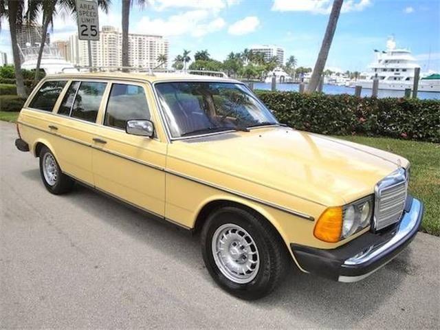 1982 Mercedes-Benz 300TD (CC-1462874) for sale in Cadillac, Michigan