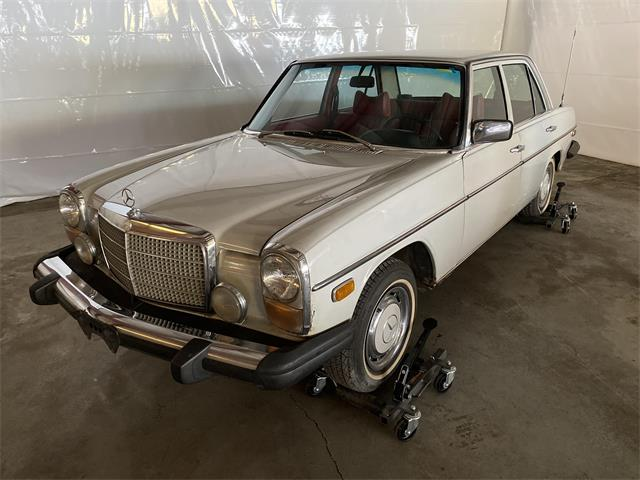 1976 Mercedes-Benz 115 D (CC-1463084) for sale in www.bigiron.com,