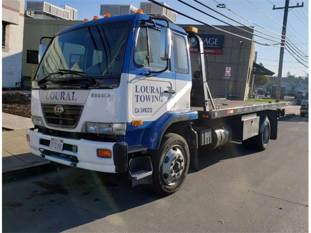 2006 Nissan UD2600 (CC-1464094) for sale in Cadillac, Michigan