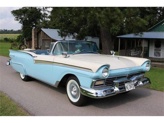 1957 Ford Fairlane 500 (CC-1464743) for sale in Conroe, Texas