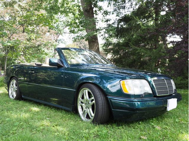 1995 Mercedes-Benz E320 (CC-1460540) for sale in Sterling, Illinois