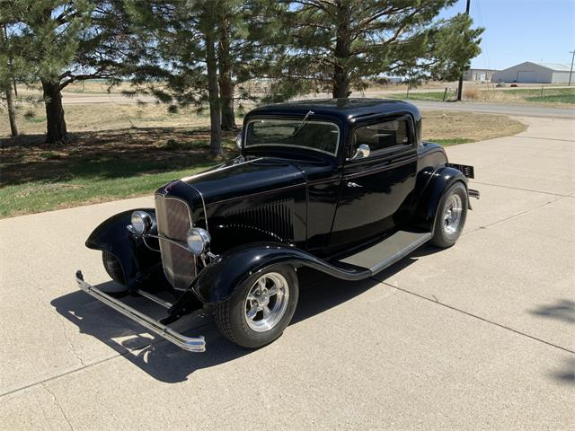 1932 Ford 3-Window Coupe (CC-1465602) for sale in www.bigiron.com,