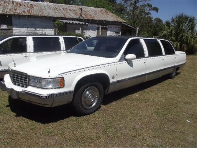1993 Cadillac Fleetwood (CC-1465825) for sale in Cadillac, Michigan
