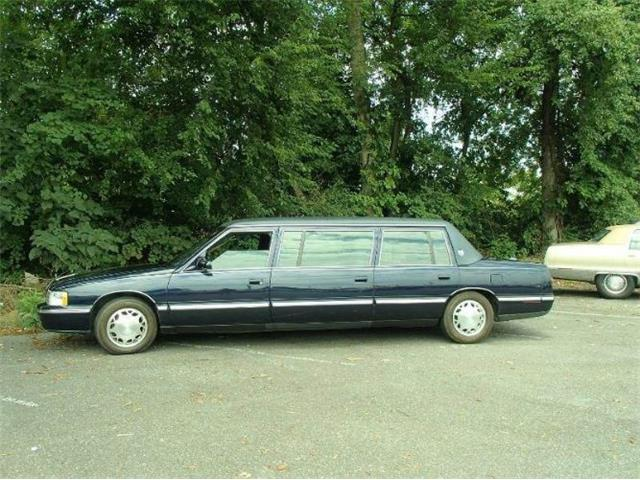 1999 Cadillac DeVille (CC-1466299) for sale in Cadillac, Michigan