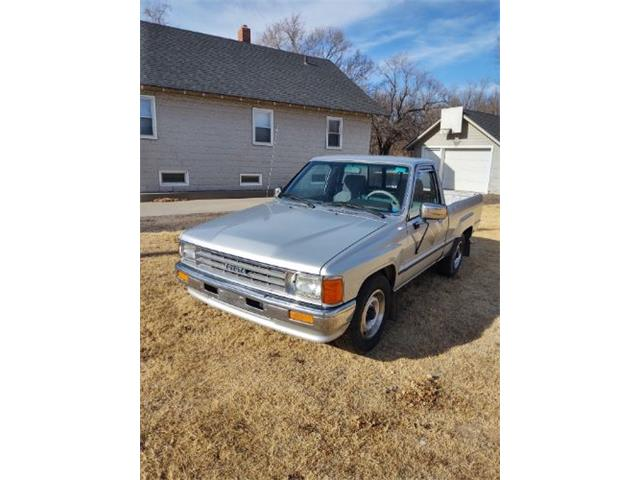 1988 Toyota Pickup (CC-1468168) for sale in Cadillac, Michigan