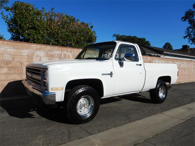 1987 Chevrolet Pickup (CC-1460963) for sale in Woodland Hills, California