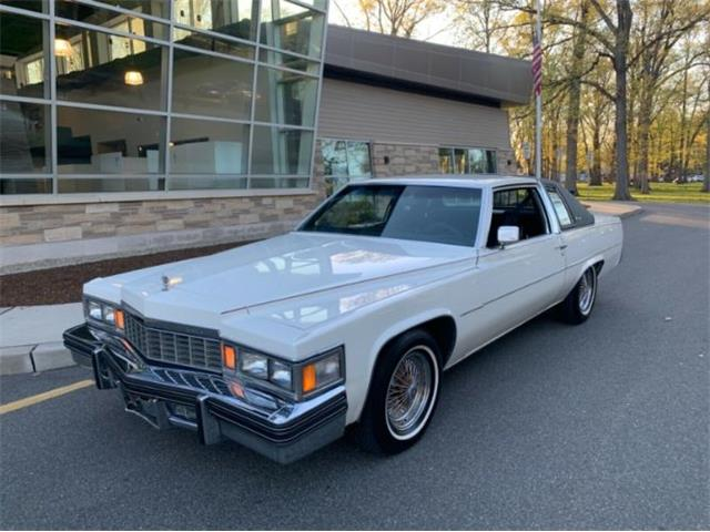 1977 Cadillac DeVille (CC-1470167) for sale in Cadillac, Michigan
