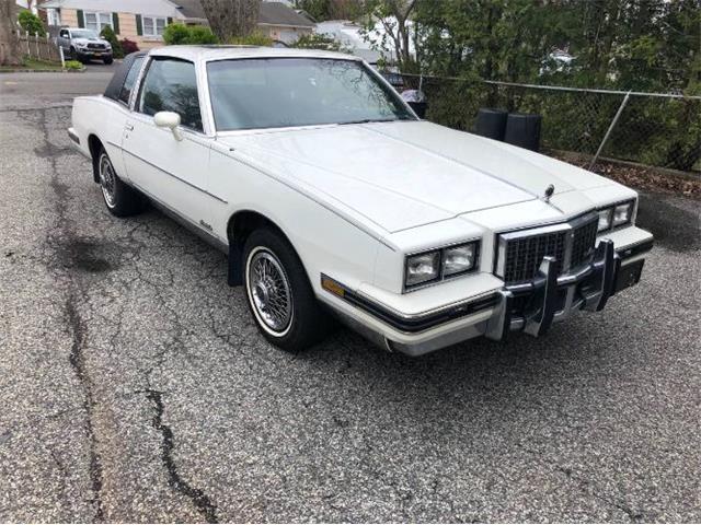 1985 Pontiac Grand Prix (CC-1470175) for sale in Cadillac, Michigan