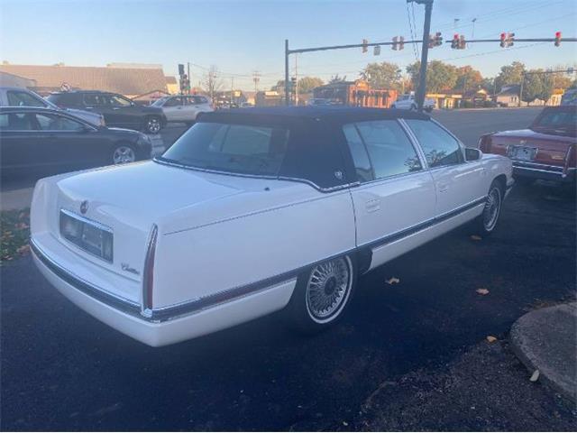 1995 Cadillac DeVille (CC-1472131) for sale in Cadillac, Michigan