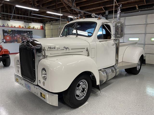 1958 Mack Truck (CC-1472396) for sale in Bend, Oregon