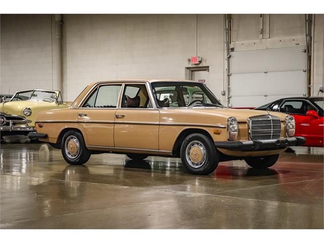 1975 Mercedes-Benz 240D (CC-1472592) for sale in Grand Rapids, Michigan