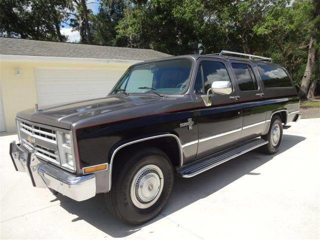 1987 Chevrolet Suburban (CC-1476868) for sale in Sarasota, Florida