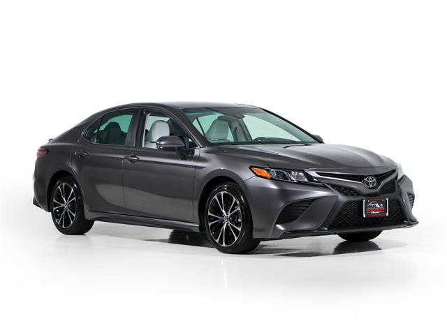 2018 Toyota Camry (CC-1478403) for sale in Farmingdale, New York