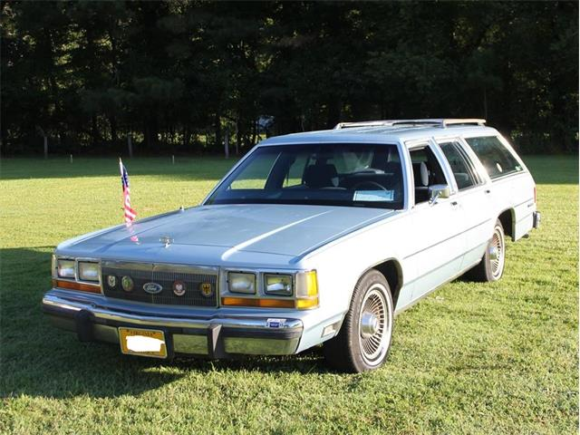 1989 Ford Crown Victoria (CC-1479271) for sale in Virginia Beach, Virginia