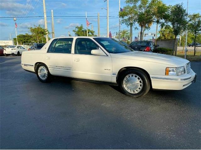 1998 Cadillac DeVille (CC-1482814) for sale in Cadillac, Michigan