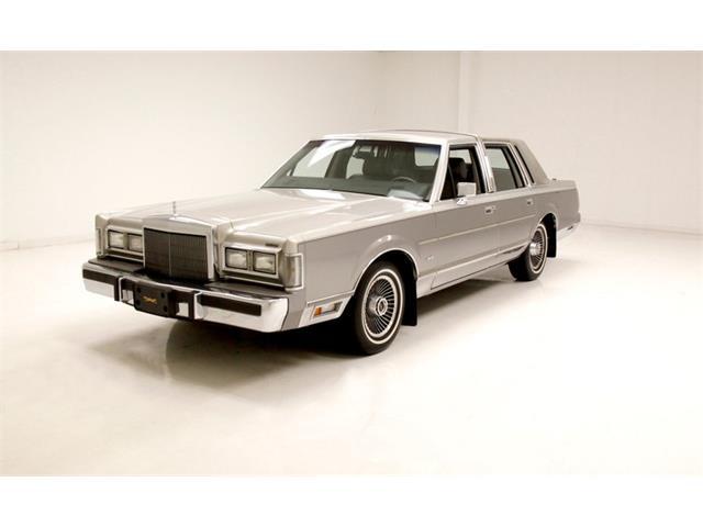 1988 Lincoln Town Car (CC-1483439) for sale in Morgantown, Pennsylvania