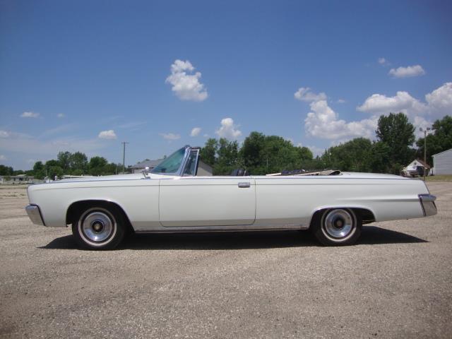 1965 Chrysler Imperial Crown (CC-1483691) for sale in Milbank, South Dakota