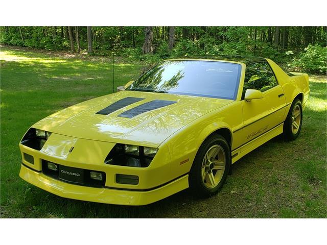 1986 Chevrolet Camaro IROC Z28 (CC-1485004) for sale in Marquette, Michigan