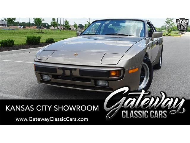 1984 Porsche 944 (CC-1486146) for sale in O'Fallon, Illinois