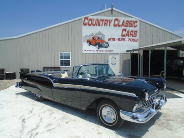 1957 Ford Fairlane 500 (CC-1487456) for sale in Staunton, Illinois