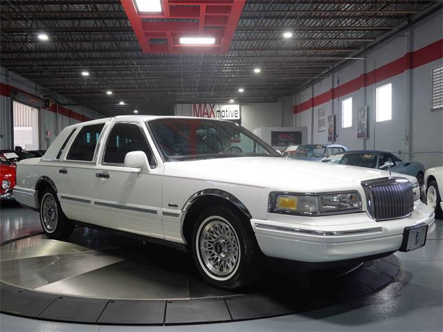 1997 Lincoln Town Car (CC-1488498) for sale in Pittsburgh, Pennsylvania