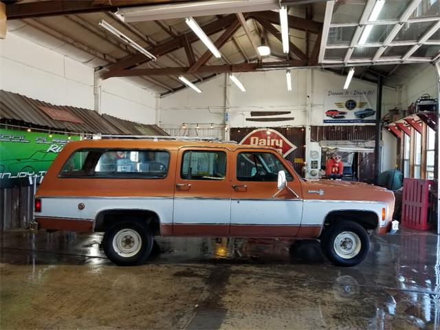 1975 Chevrolet Suburban (CC-1492070) for sale in Redmond, Oregon